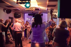 DANCINGI W CASABLANCE